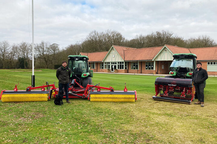 Afbeelding bij 6m wide Top-Brush becomes Newark's weapon in the fight against worm casts
